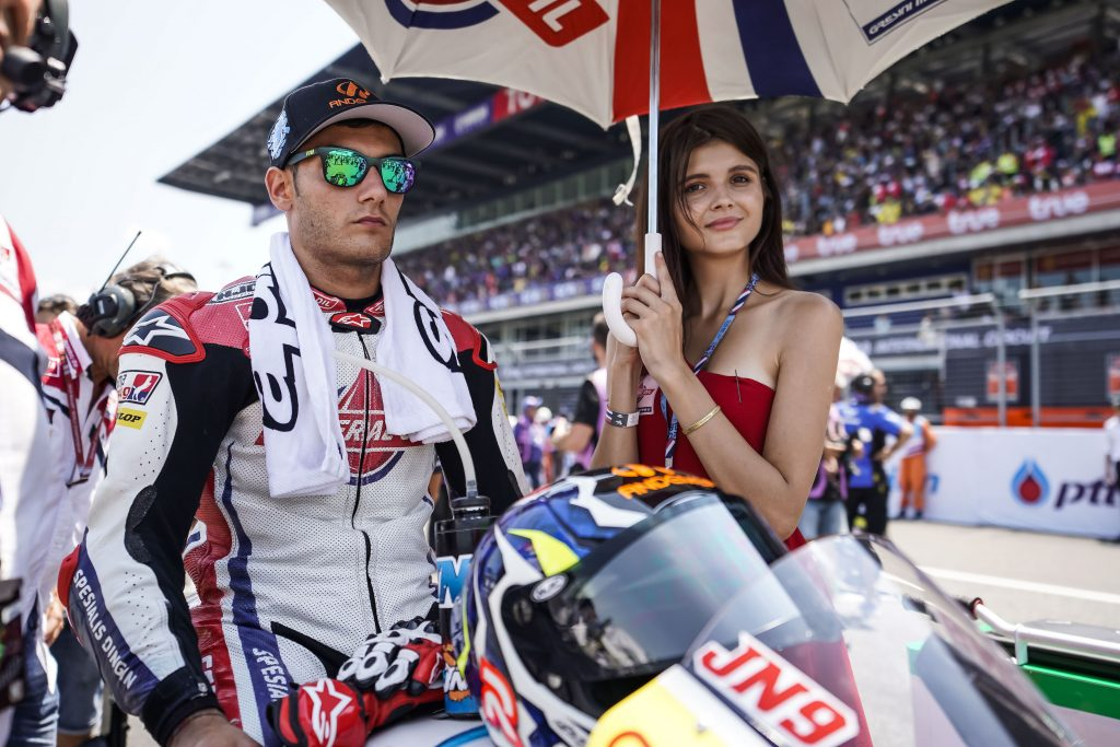RACES OF TWO HALVES FOR NAVARRO IN BURIRM    - Gresini Racing