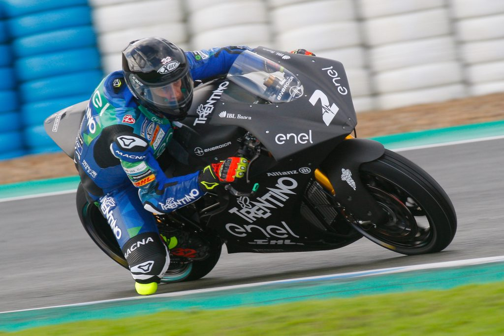 IL TEAM TRENTINO GRESINI MOTOE FINALMENTE IN PISTA - Gresini Racing