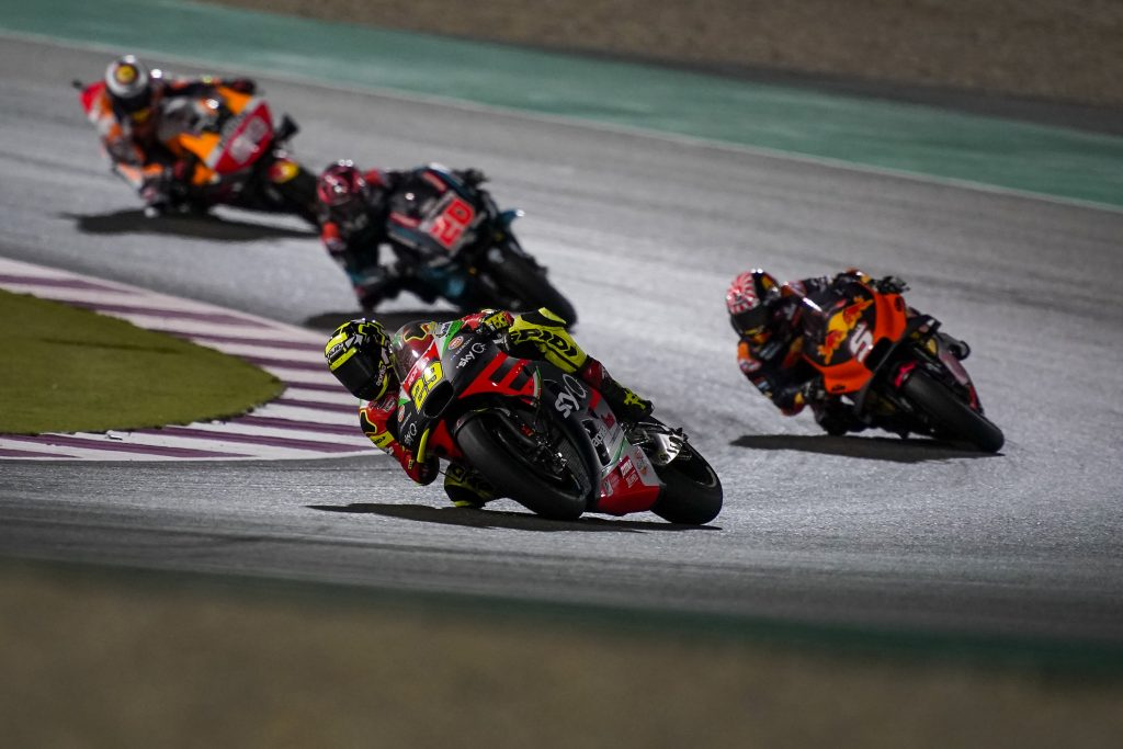ALEIX IN THE TOP TEN STRAIGHT AWAY AND WITH A NARROW GAP BEHIND THE LEADERS - Gresini Racing