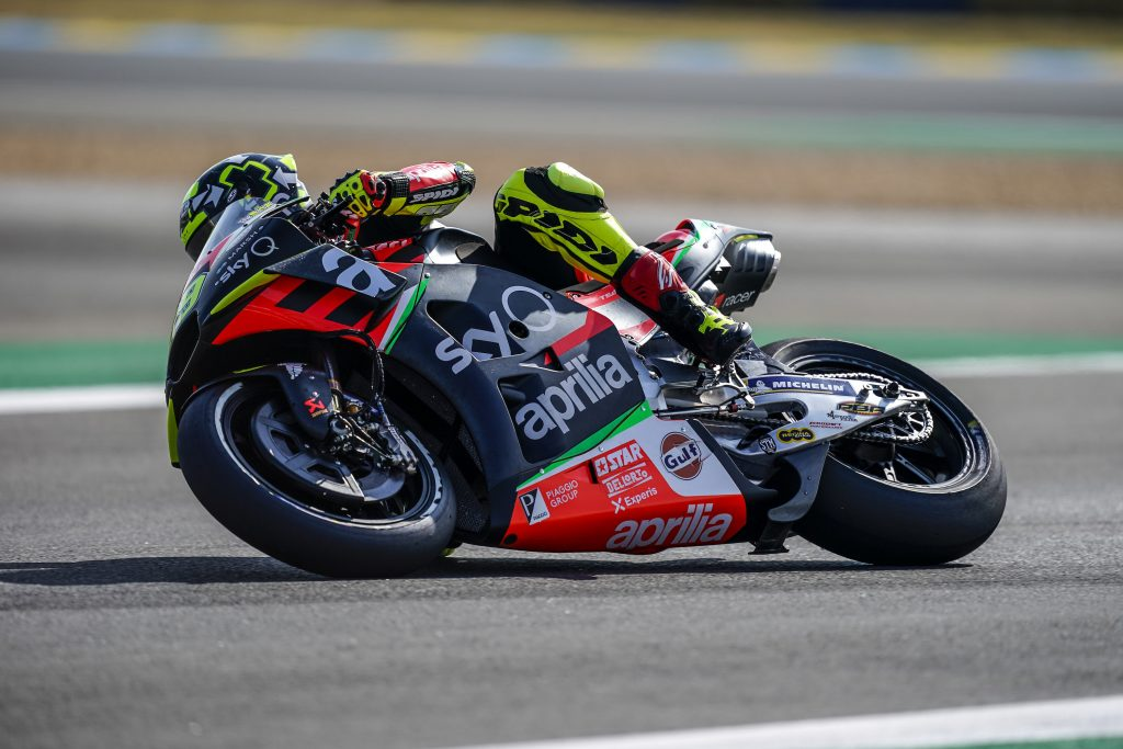 GOOD START FOR ALEIX WHO RIDES HIS APRILIA INTO THE TOP TEN ON THE FIRST DAY - Gresini Racing