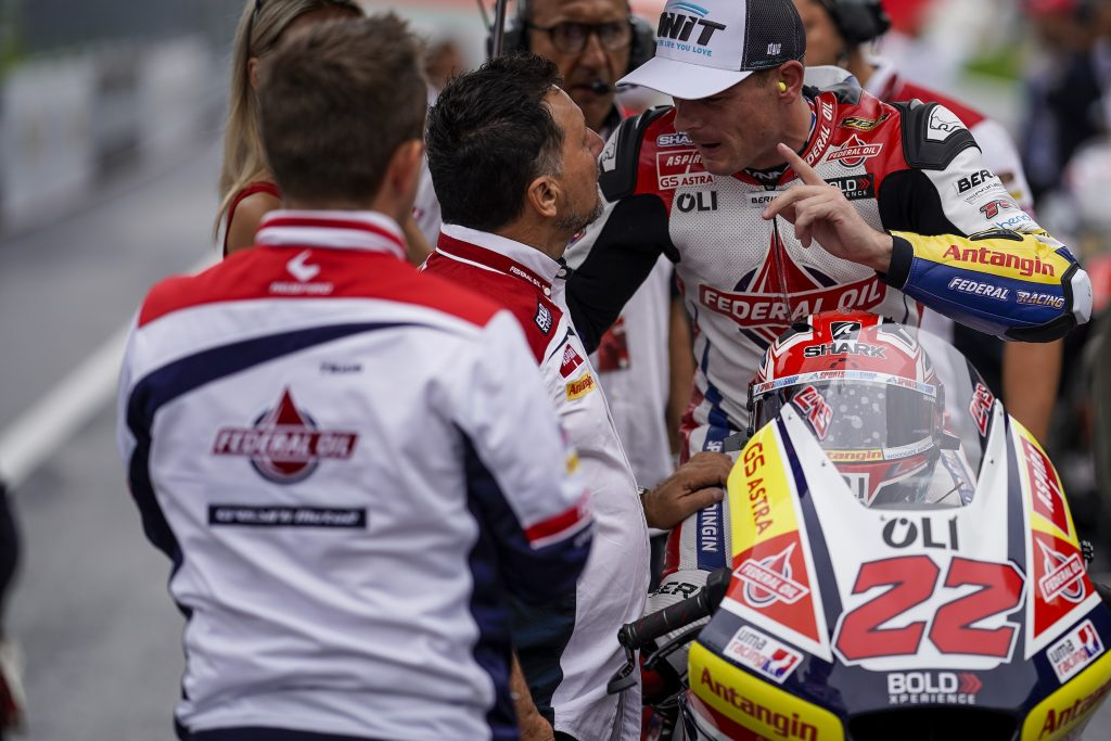 A COMING TOGETHER HALTS LOWES'S COMEBACK   - Gresini Racing