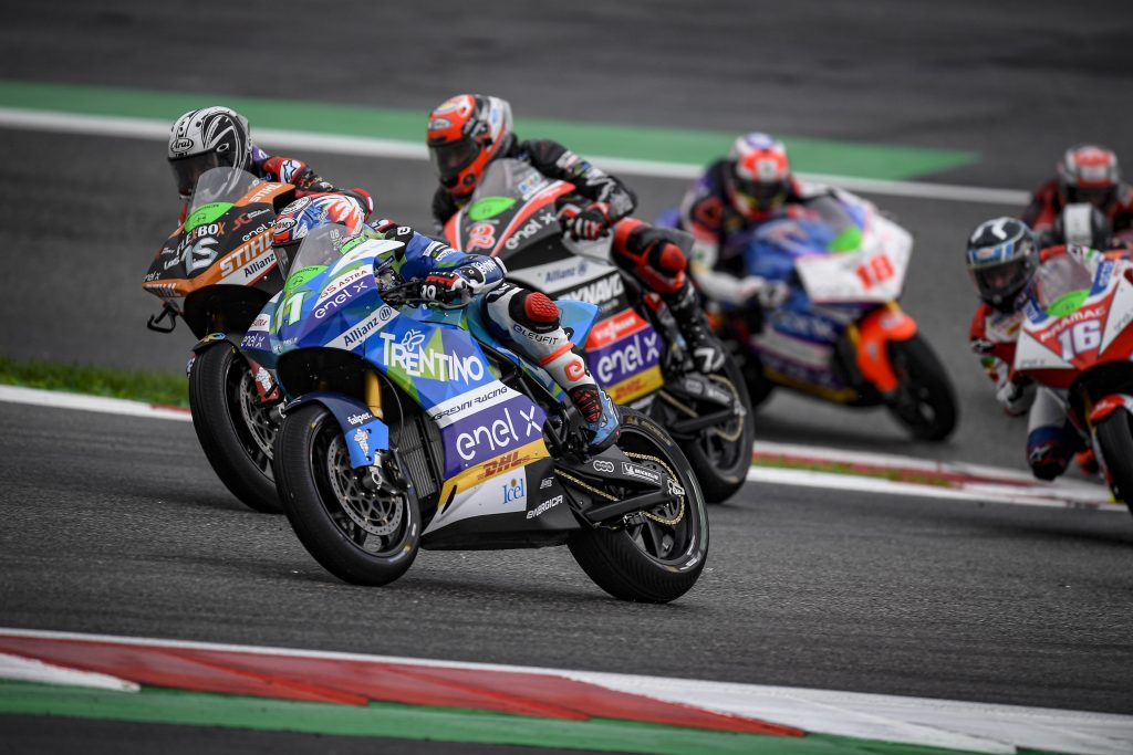 FERRARI BACK IN TOP-FIVE IN IN AUSTRIA - Gresini Racing