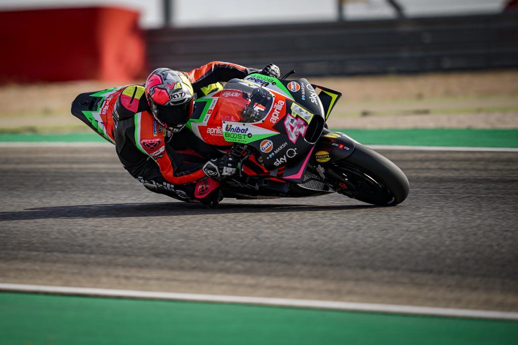 ALEIX DOES WELL, IN THE TOP TEN STRAIGHT AWAY WITH A GOOD PACE FOR DISTANCE - Gresini Racing