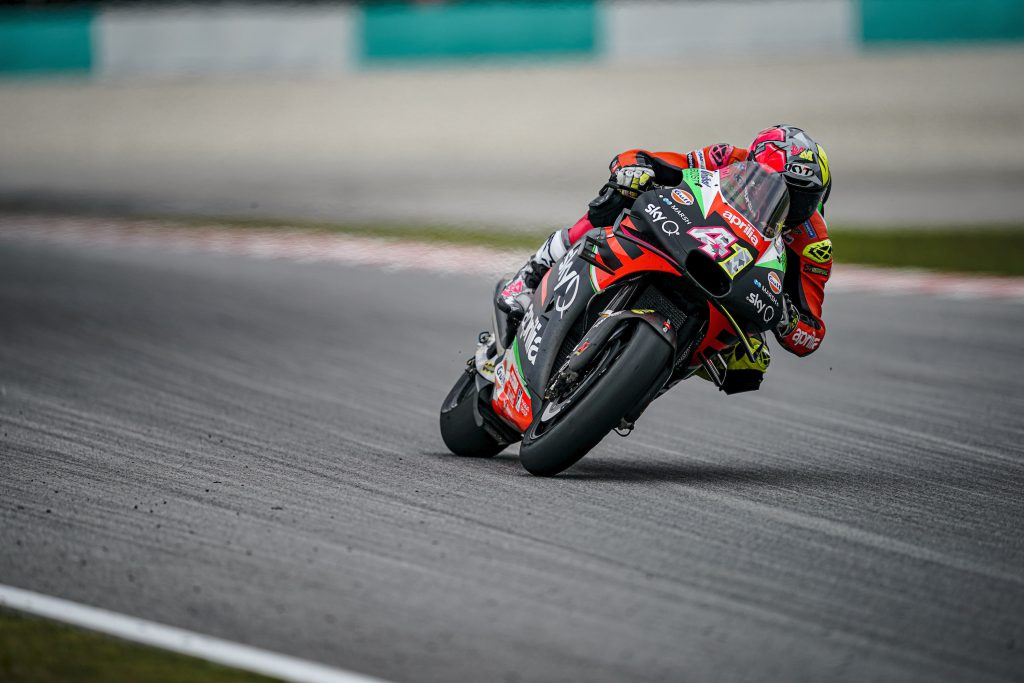 POINTS FOR ALEIX AT THE END OF A TROUBLED RACE - Gresini Racing