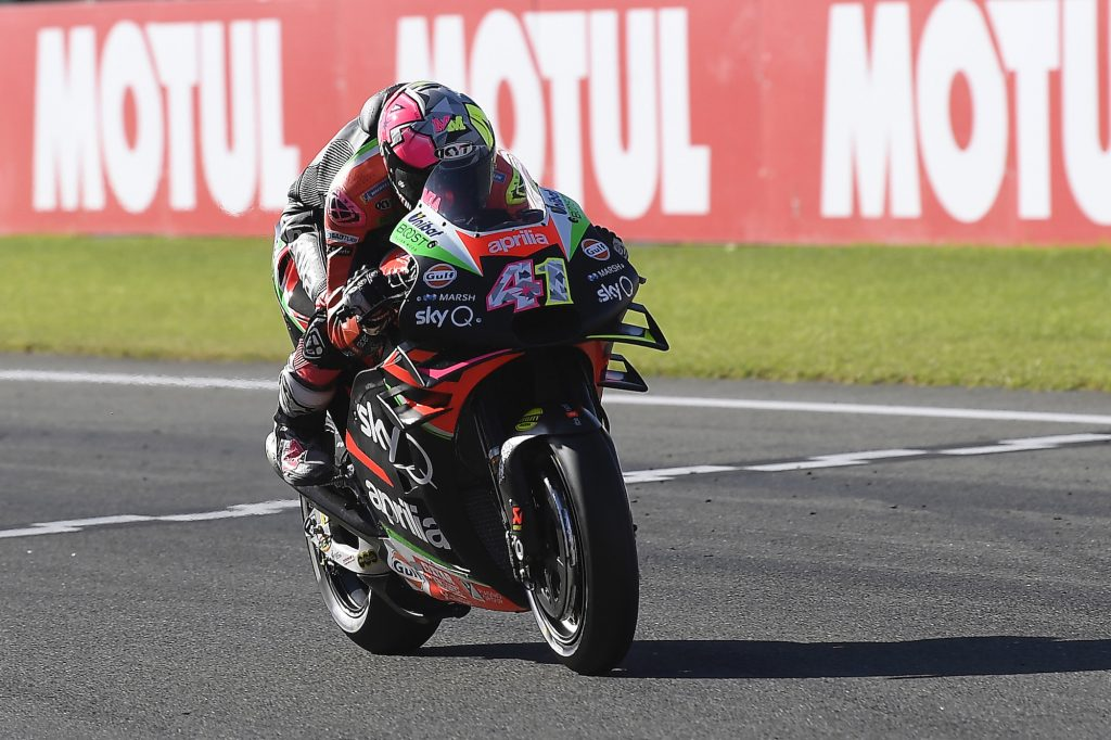 QUINTA E SETTIMA FILA PER ALEIX ESPARGARO' E ANDREA IANNONE - Gresini Racing