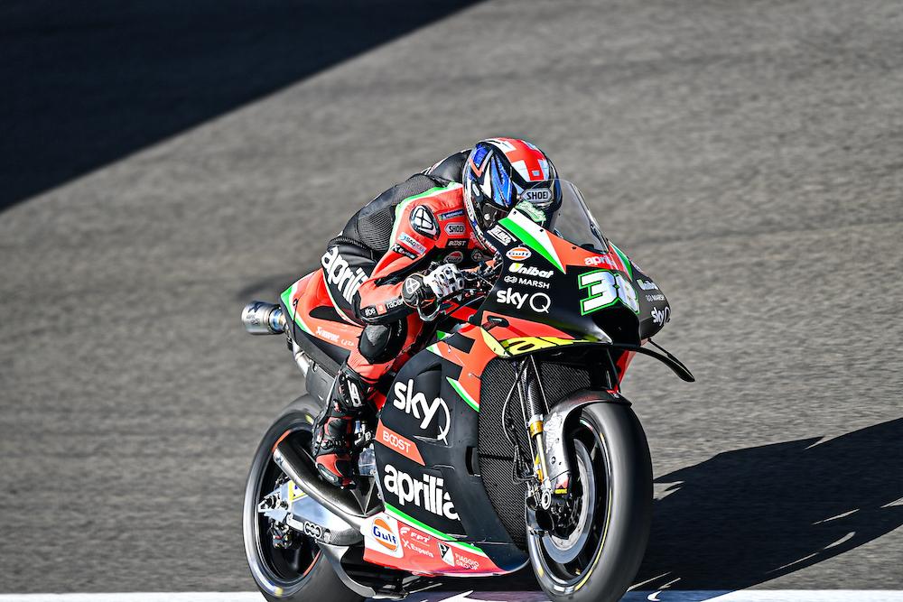 APRILIA WORKS ON TYRES AND RACE PREPARATION - Gresini Racing