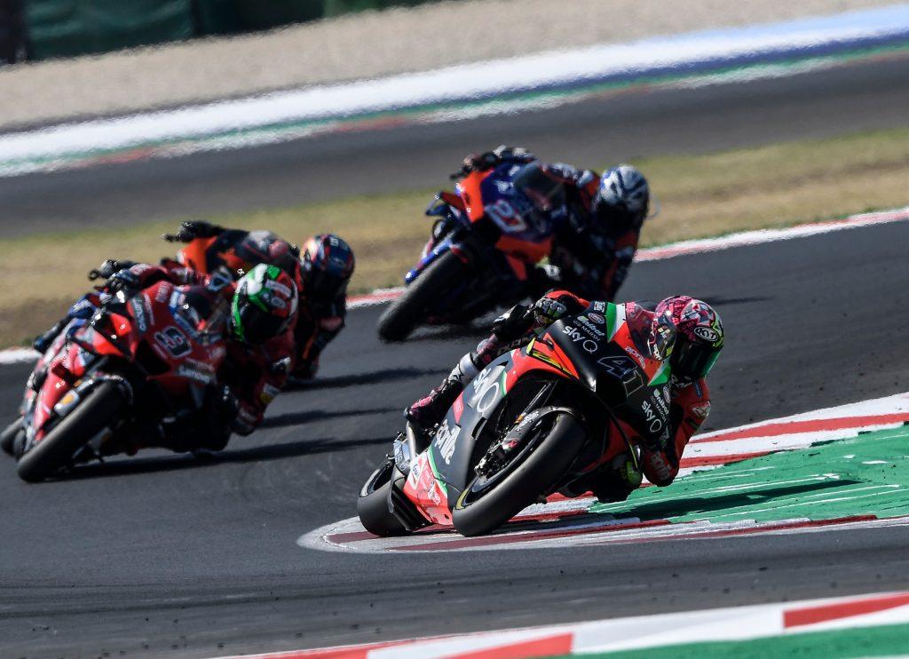 ALEIX BATTLES AND CONFIRMS GOOD RACE PACE - Gresini Racing