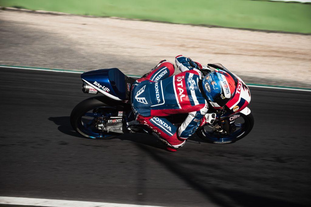 VALLELUNGA GARA1: ZANNONI IN RIMONTA - Gresini Racing