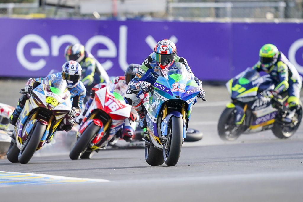 TITOLO APPESO A UN FILO PER MATTEO FERRARI - Gresini Racing