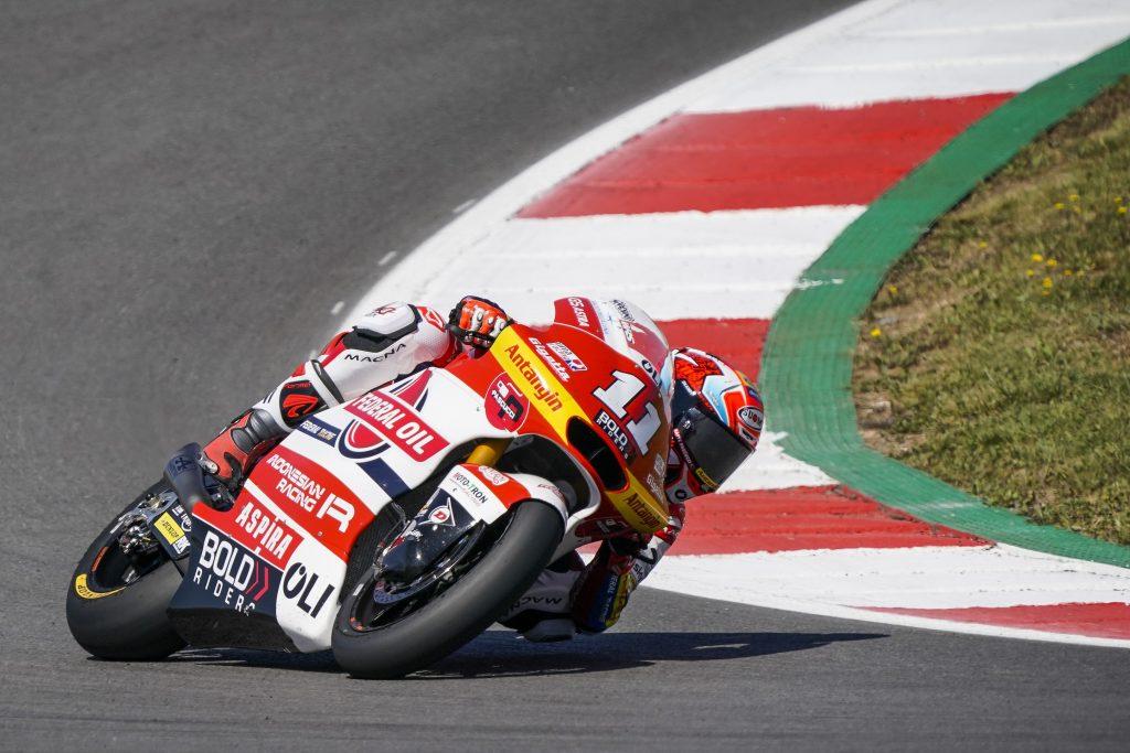 QUINTA FILA PER BULEGA IN PORTOGALLO, DIGGIA SUBITO DIETRO   - Gresini Racing