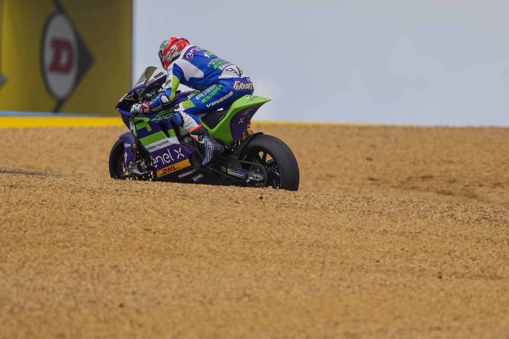 MANTOVANI AND FERRARI OUT OF TOP10 IN FRENCH FRIDAY   - Gresini Racing