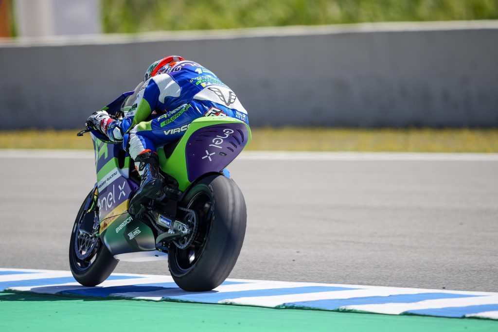 RIMONTA FERRARI IN TOP6, BENE MANTOVANI - Gresini Racing