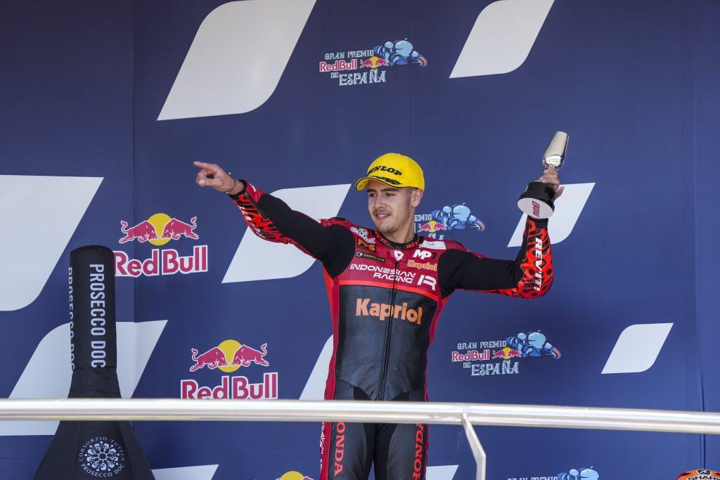 RIMONTA E GUIZZO FINALE: PODIO ALCOBA - Gresini Racing