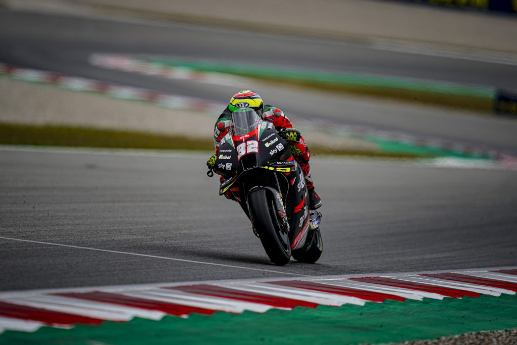 PRUDENT RACE AND A POINT FOR LORENZO SAVADORI - Gresini Racing